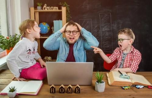 Comment aider votre enfant à rester concentré sur son travail